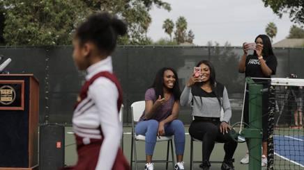 Venus e Serena al campetto che porta il loro nome