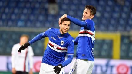 I giocatori della Sampdoria esultano dopo il gol di Alvarez. Lapresse