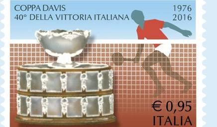 Il francobollo che celebra il quarantennale della vittoria in Davis dell'Italia. Ansa