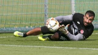 Gianluca Curci in allenamento con il Mainz. Sid Images