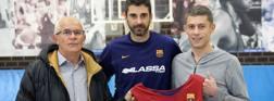 Mihajlo Atanasoski con  Juan Carlos Navarro. Euroleague