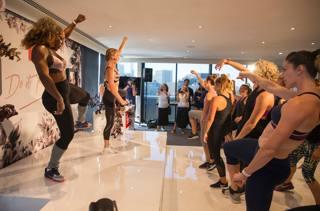 Melbourne, ci siamo: Serena si prepara ballando