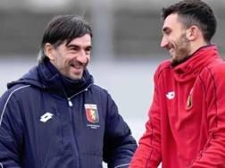 Il tecnico del Genoa Juric con Danilo Cataldi