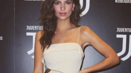 Emily Ratajkowski all'evento Juve a Milano