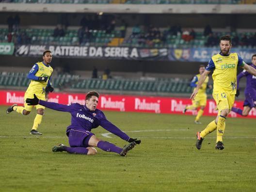 Il gol in scivolata di Federico Chiesa. LaPresse