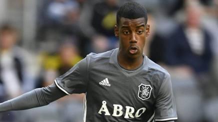 Alexander Isak, 17 anni, attaccante svedese dell'AIK Solna. Ansa