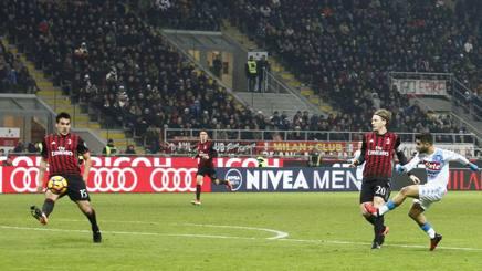 Il gol dell'1-0 di Insigne. LaPresse
