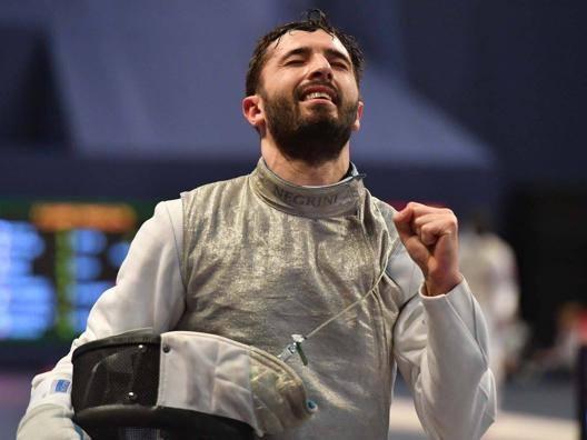 Giorgio Avola dopo il k.o. in semifinale. Bizzi