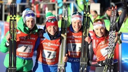 Lisa Vittozzi, Federica Sanfilippo, Alexia Runggaldier e Dorothea Wierer sul podio. Ansa