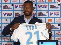 Patrice Evra, 35 anni, con la maglia del Marsiglia.