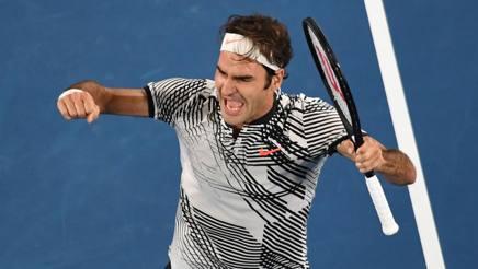 Tennis, Australian Open: Federer trionfa in 5 set su Nadal. È il 18° titolo dello Slam
