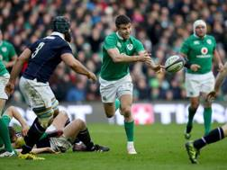 Conor Murray durante il match perso in Scozia. LaPresse