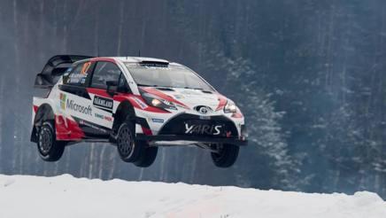Jari-Matti Latvala in azione con la sua Toyota Yaris WRC. Reuters