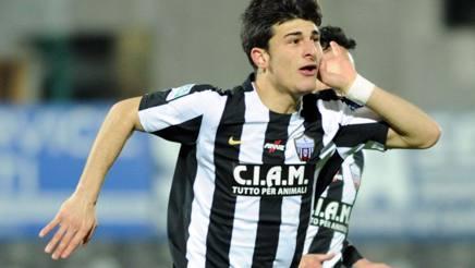 L'esterno d'attacco Riccardo Orsolini, 20 anni, di proprietà della Juve. LaPresse