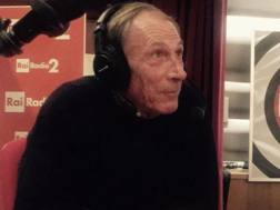 Zdenek Zeman durante un'intervista radio. Ansa