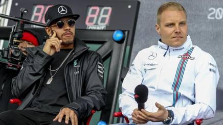 Hamilton e Bottas in una foto del 2016. Ansa