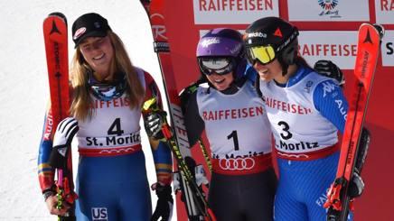 Il podio mondiale del gigante: da sinistra Shiffrin, Worley e Goggia. Afp