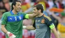 Buffon e Casillas durante Euro 2012. Afp