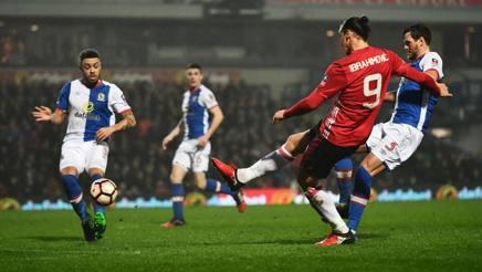 Zlatan Ibrahimovic in gol a Blackburn. Getty Images