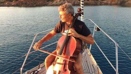 Roberto Soldatini violoncello e le onde