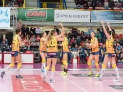 L'esultanza delle giocatrici di Conegliano per la vittoria sul Club Italia Garavaglia