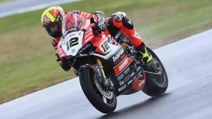 Xavi Fores (Ducati Barni) in azione nei test australiani