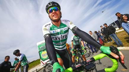Rinaldo Nocentini, 39 anni, esulta alla Volta Alentejo in Portogallo:  decima vittoria da professionista. Bettini