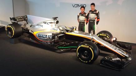 Sergio Perez ed Esteban Ocon con la Force India VJM10