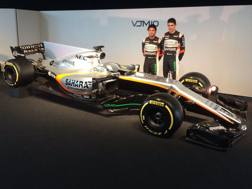 Sergio Perez ed Esteban Ocon con la Force India VJM10