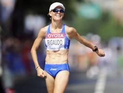 Elisa Rigaudo al suo arrivo alla 20 km dei Mondiali d Daegu 2011. Epa