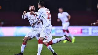 L'esultanza dei calciatori del Bari. LaPresse