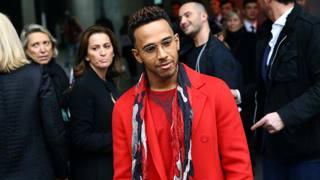 Hamilton, puntata da Armani a Milano