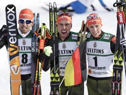 I tedeschi Johannes Rydzek, Eric Frenzel e Bjoern Kircheisen. Ap