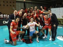 L'esultanza di Vibo Valentia per la vittoria con Ravenna e la qualificazione ai playoff ZANI