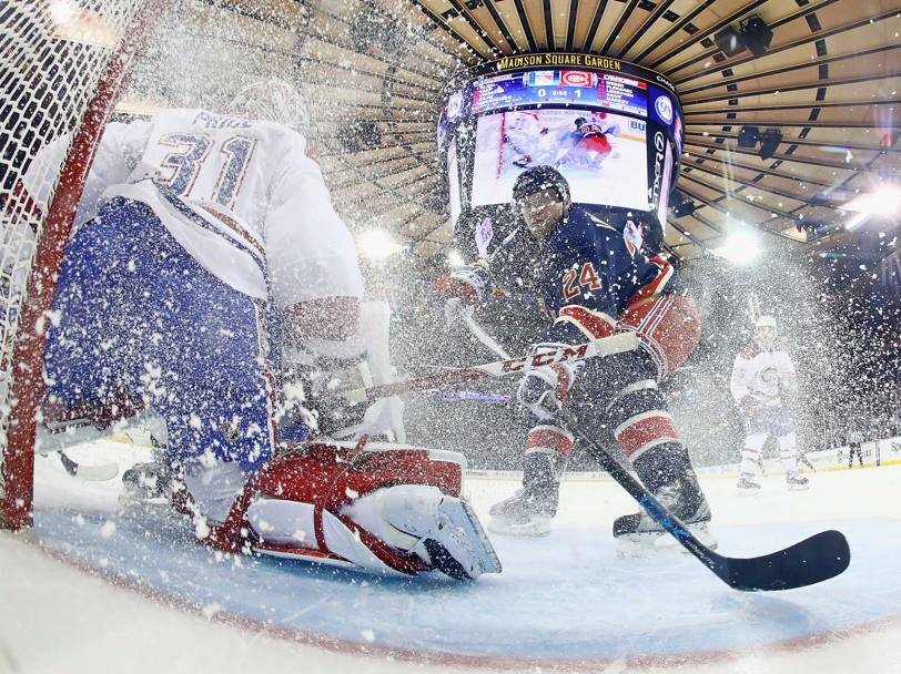 Effetto tempesta di neve nel match fra New York Rangers e Montreal Canadiens (Afp)