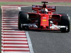 Vettel in azione con la SF70H. Lapresse