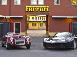 La Ferrari 125 S (a sinistra), a fianco a LaFerrari Aperta: passato e presente a confronto