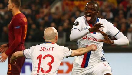 La festa dei giocatori del Lione. Reuters