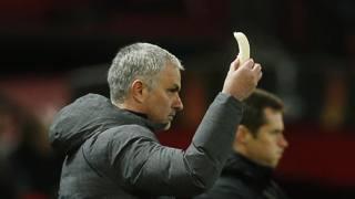 Mourinho, una banana per Rojo