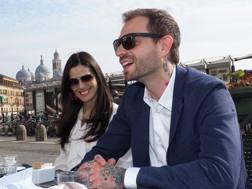 Paul Baccaglini e la compagna Thais, ex Velina. Bozzani