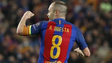 Andres Iniesta , 33 anni.
