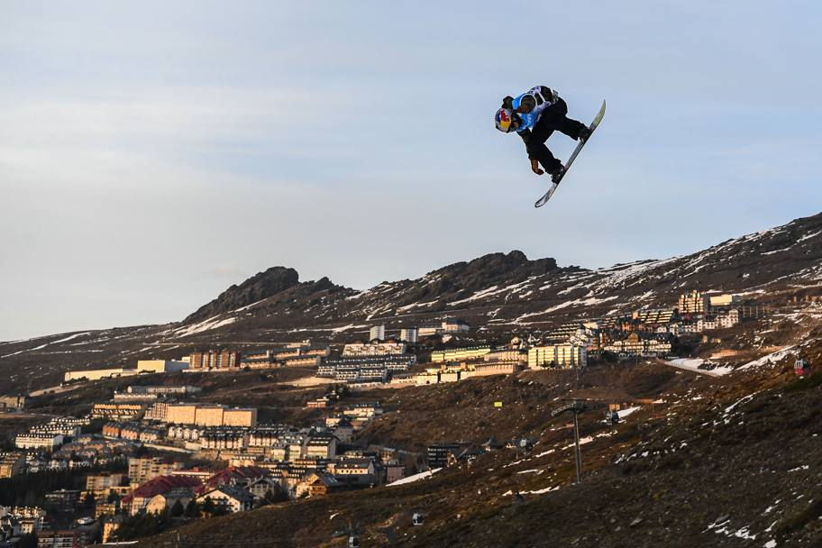 In Sierra Nevada si svolge il Campionato del Mondo snowboard e sci freestyle, finale specialità Big Air. (Getty Images)