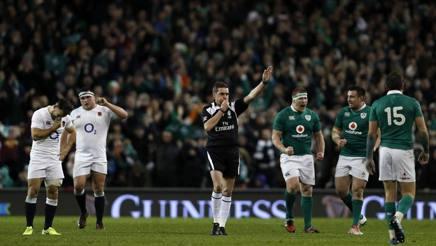 Festa irlandese al fischio dell'arbitro. Afp