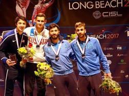 Il podio maschile, con due azzurri