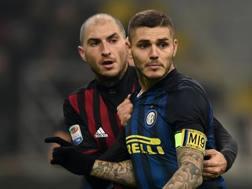 Gabriel Paletta e Mauro Icardi. Getty