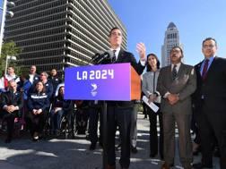 Il sindaco di Los Angeles, Eric Garcetti , annuncia la candidatura per il 2024. Afp