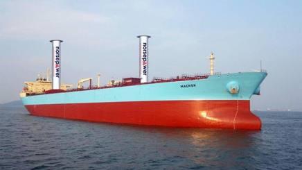 Nave da trasporto a vela. Per risparmiare carburante