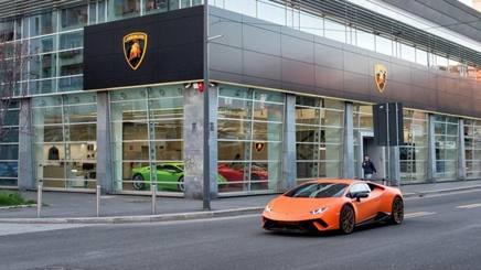 Il nuovo concessionario Lamborghini inaugurato a Milano