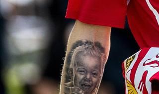 Il tatuaggio di Raikkonen e altre foto del giorno