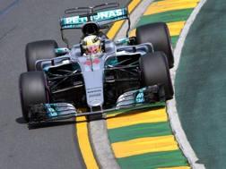 Lewis Hamilton in azione nelle libere in Australia. Afp
